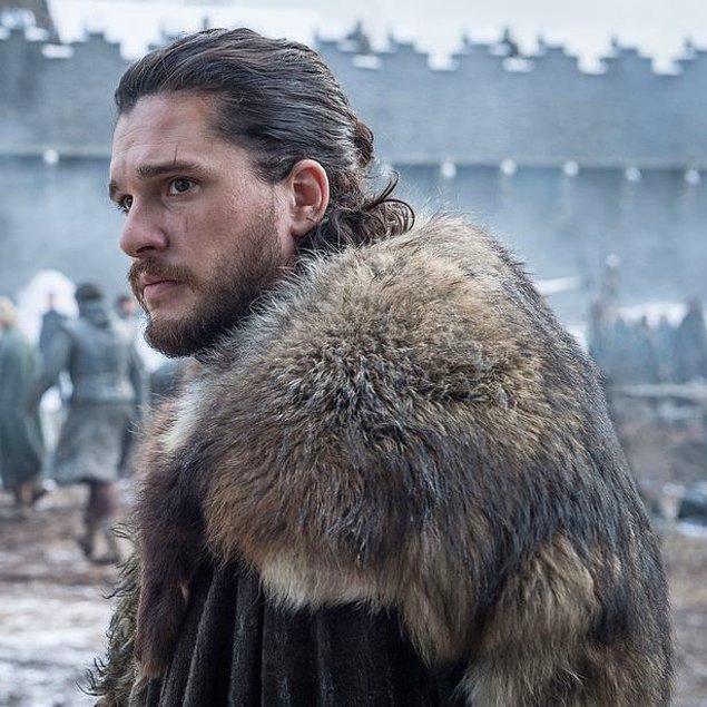 2011 yılında Game Of Thrones başladığından beri dizide rol alan Kit Harington da fotoğrafı yayınlanan oyuncular arasında.
