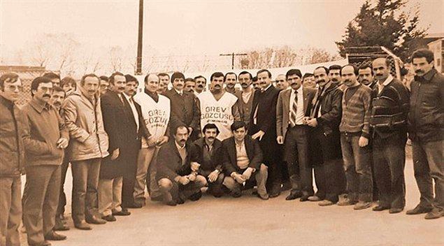 1987: Türkiye'de 12 Eylül sonrası yaşanan en büyük grev olan NETAŞ grevi, bugün anlaşmayla sonuçlandı.