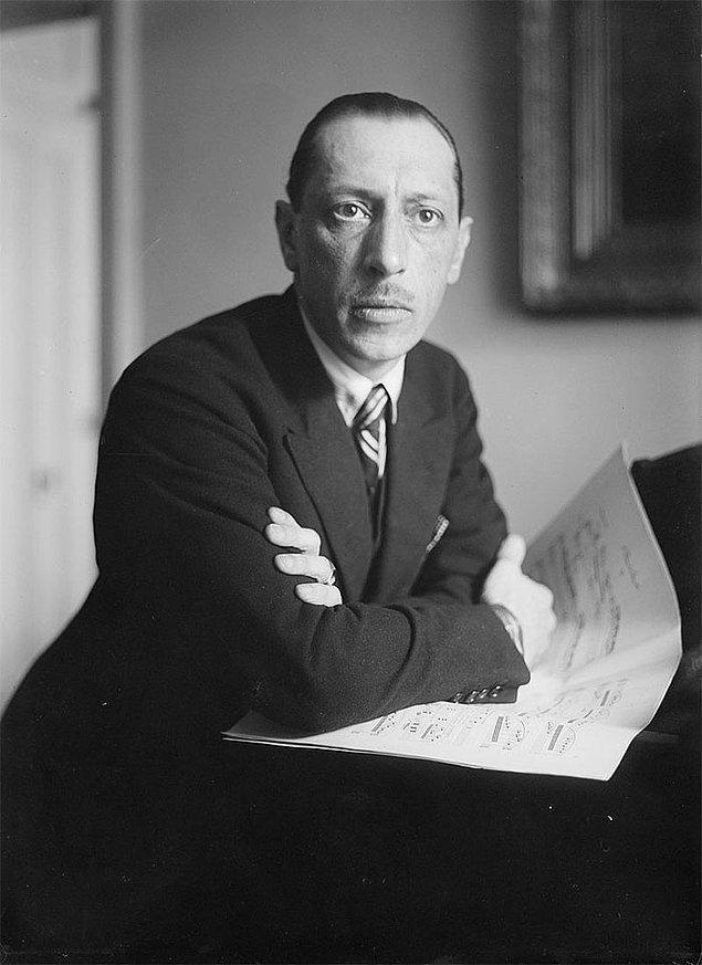 10. Igor Stravinsky ve baş aşağı durması