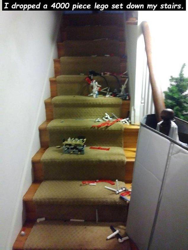 """""""Я только что уронил набор Лего из 4000 деталей вниз по лестнице"""""""
