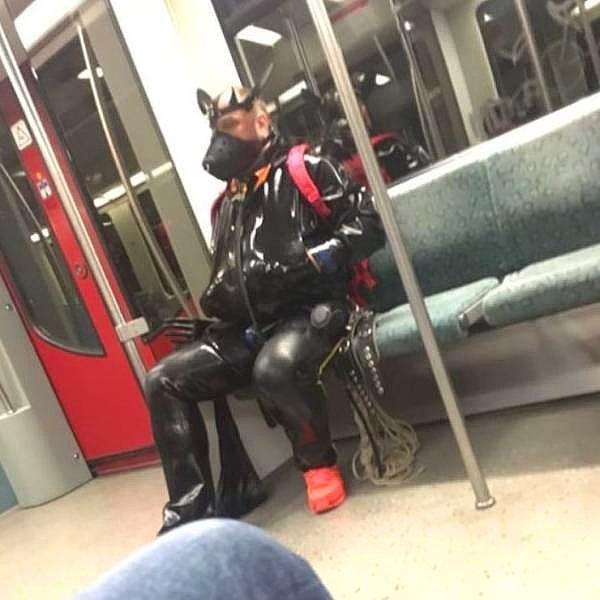 Обычный вечер в метро