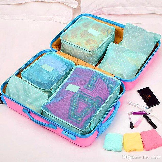 Bir tatilde ne yapıyorsanız onları düşünün ve buna göre gereksinimlerinizi sıralayın. Sonrasında da bu tüketimlerinizin için özel bir çanta hazırlayın.