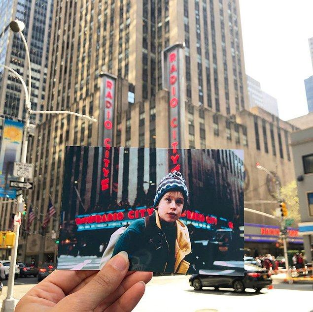 """Yine New York'ta """"Evde Tek Başına 2"""" filminin yıldızı Macaulay Culkin, genç Kevin McCallister kayboluyor."""