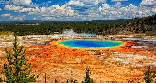 1872: Dünyanın ilk ulusal parkı olan Yellowstone Ulusal Parkı açıldı.