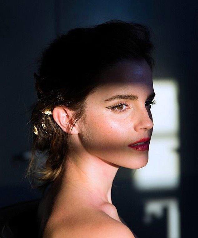 10. Emma Watson'ın, Scarlett Johansson'a eşlik etmek üzere ''Black Widow'' filminin kadrosuna katılmak için öne çıkan isimlerden biri olduğu iddia edildi.