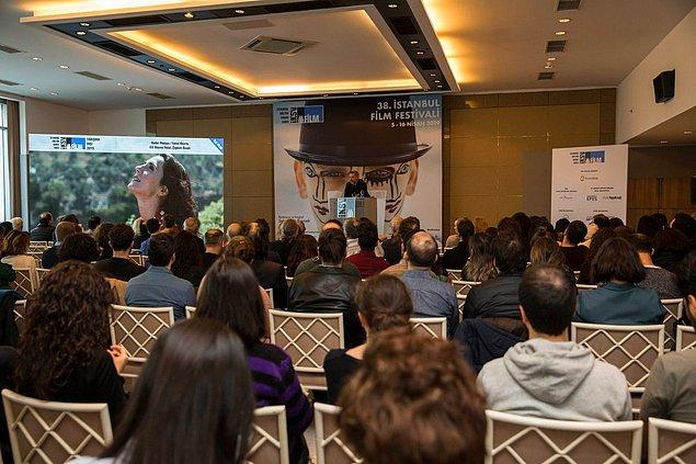 Festival kapsamında 12 gün boyunca, 19 bölümde 45 ülkeden 187 yönetmenin toplam 186 filmi gösterilecek.