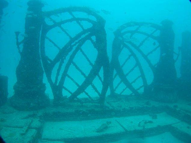 Neptün Anıt Resifi