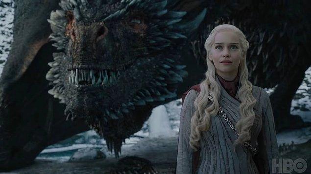 Sekizinci sezonunda final yapmaya hazırlanan ve tüm dünyada milyonlarca insan tarafından takip edilen Game of Thrones'un son bölümü yine tatmin etmedi.