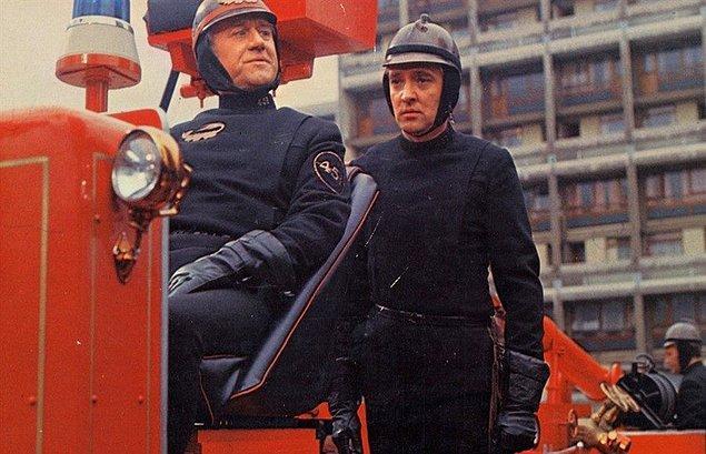 #2 Değişen Dünyanın İnsanları (1966) Fahrenheit 451