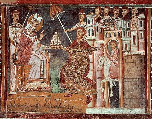 330 - Konstantinopolis (İstanbul), Roma İmparatorluğunun resmi başkenti oldu.