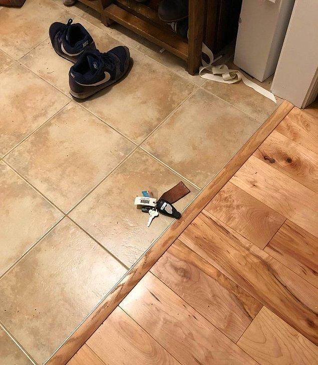 """18. """"Eşim anahtarlarını her zaman buraya bırakıyor ve sonrasında neden anahtarı bulamadığını sorguluyor."""""""