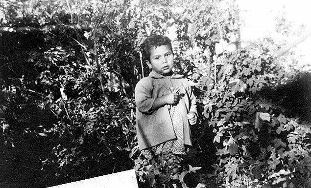 23. Devrimci Gençlik Hareketinin önderlerinden Deniz Gezmiş'in çocukluğu, Ankara, 1951.