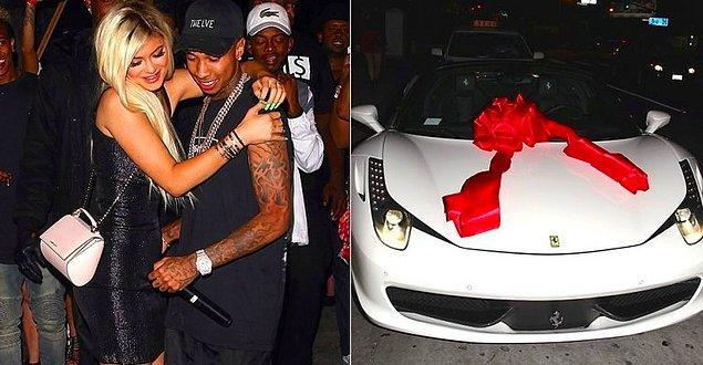 18. Beyaz Ferrari - 320 bin dolar
