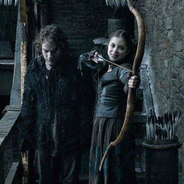 5. Sansa'yı güvende tutabilmek için Myranda'yı öldürdü.