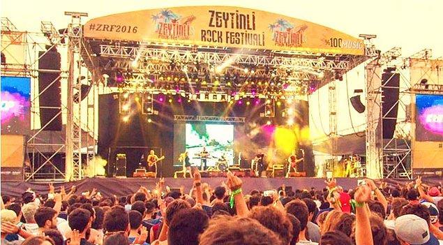 10. Türk Rock Müziği'nin geçit töreni olan festival, yıla damgasını vurmaya hazırlanıyor! Zeytinli Rock Festivali bu yıl 28 Ağustos-1 Eylül tarihlerinde Edremit Akçay Sahili'nde düzenlenecek.