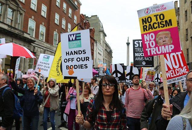 Gösterilerde ana muhalefetteki İşçi Partisi'nin lideri Jeremy Corbyn de yer aldı.