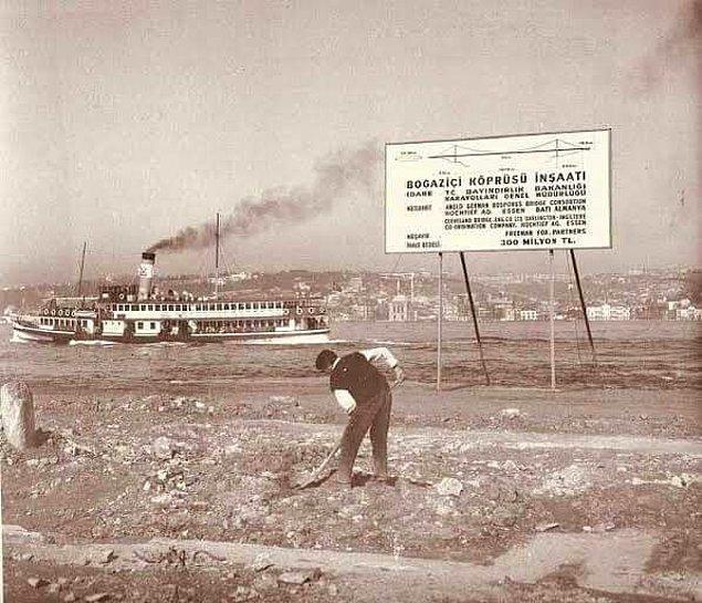 28. Boğaziçi Köprüsü'nün temeli atılırken, İstanbul, 1970.