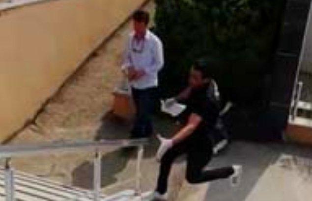 Kapıların kapanmasına dakikalar kala okulun bahçesine koşarak gelen polis, evrağı kendi elleriyle sınava girecek öğrenciye teslim etti.