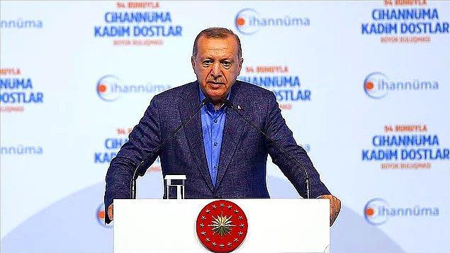 """Bugün katıldığı bir etkinlikte konuşan ve Ekrem İmamoğlu'nu hedef alan Cumhurbaşkanı Recep Tayyip Erdoğan da bu olayı hatırlatarak """"Başta Ordu valimiz olmak üzere özür dilemedikçe böyle bir makama gelemez"""" dedi."""
