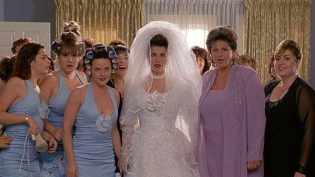 """3. """"Büyük annelerin üçü de beklenmedik bir şekilde aynı kıyafetleri giydi."""""""