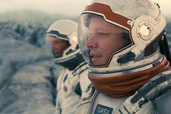 Тест: Сможете отличить настоящий снимок космоса от кадра из фильма?