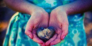 Тест: Какой камень принесет вам успех в любви?