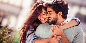 9 идеальных сексуальных поз для лежебок, которые выполняются на диване