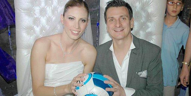Giovanni Guidetti, Türkiye'de yalnızca başarılı bir kariyer değil, mutlu bir aile de inşa etti. 2008 yılında Vakıfbank'a gelen tecrübeli antrenör, o dönem takımında boy gösteren Bahar Toksoy'a aşık oldu.