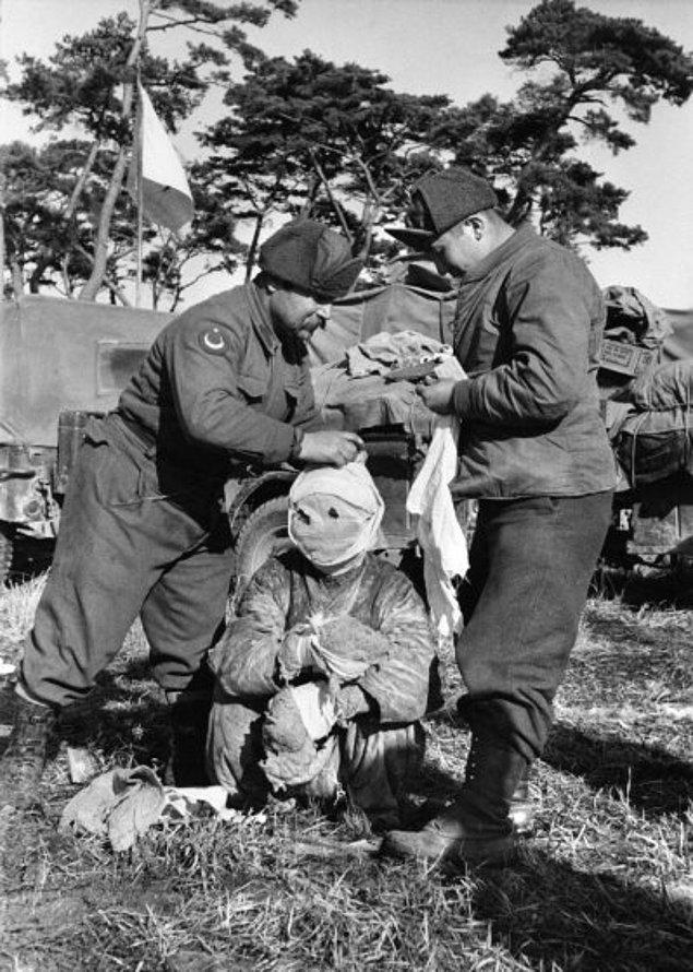 1950 - Kore'ye Türk askeri birliği ulaştı.