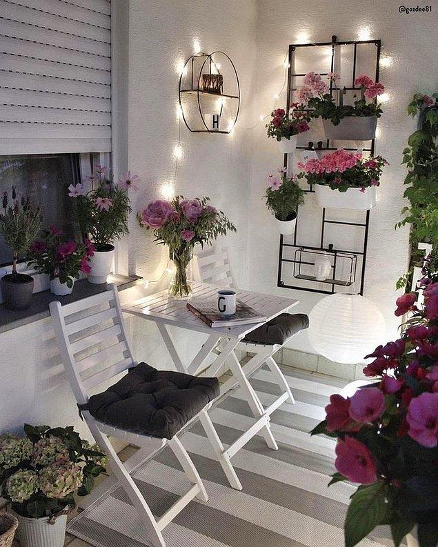 4. Tatlı mı tatlı bir balkon keyfi 😍