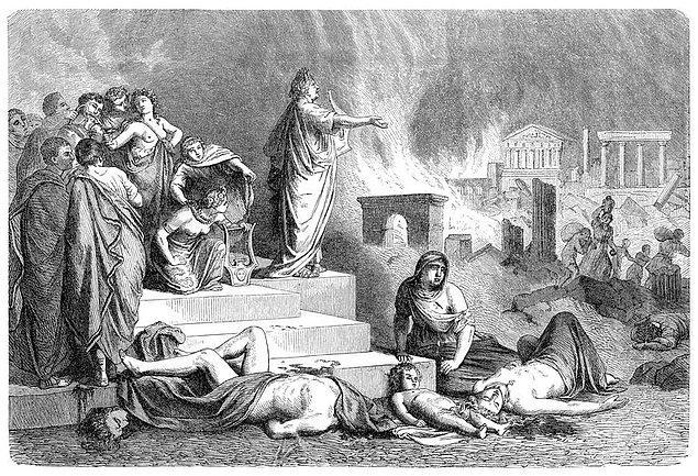 8. Roma yanarken Nero keman çalmıyordu.