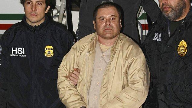 El Chapo, ABD mahkemesinde Sinaloa Karteli'ni yönetmekten, kaçak kokain, eroin ve esrar kaçakçılığı yapmaktan suçlu bulundu.