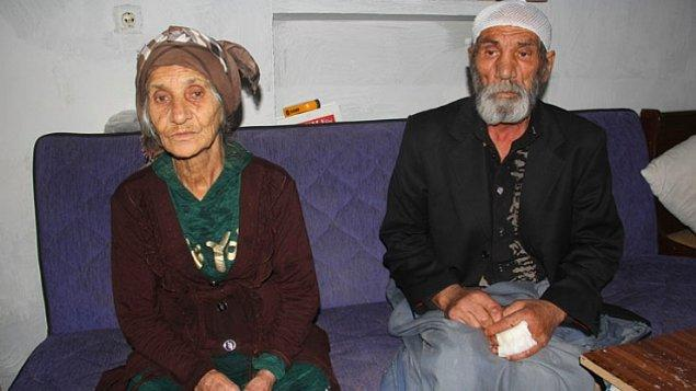 Edinilen bilgiye göre, olay Seyhan ilçesine bağlı Namık Kemal Mahallesi'nde 16 Kasım Cumartesi akşamı meydana geldi. İddiaya göre, Rahime B. (80) dini nikahla evlendiği kendisinden 17 yaş küçük Celal S. (63) ile kendisine kötü davrandığı için tartışmaya başladı.