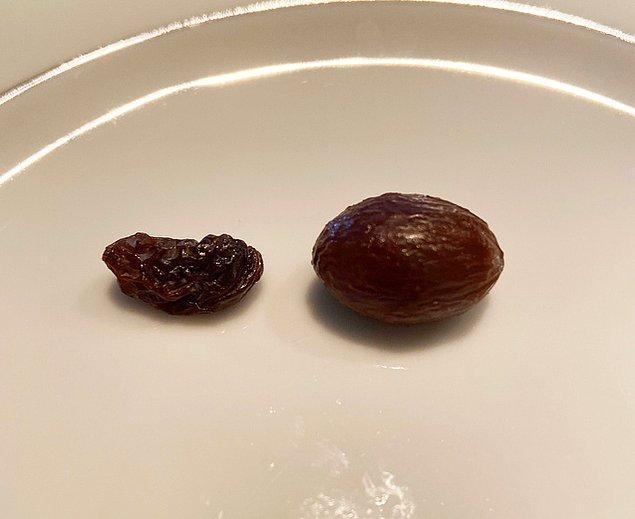 6. Kuru üzümü gece boyunca sıcak suda bırakarak yeniden yaş üzüm yapabilirsiniz.