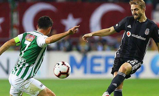 Beşiktaş 21 puana yükselerek maç fazlasıyla üçüncü sıraya yerleşirken, İttifak Holding ise 13 puanda kaldı.