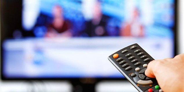 8. Ülkemizde televizyon seyrederken rahatsız edici bir görüntü ile karşılaşanlar ne yapıyor?