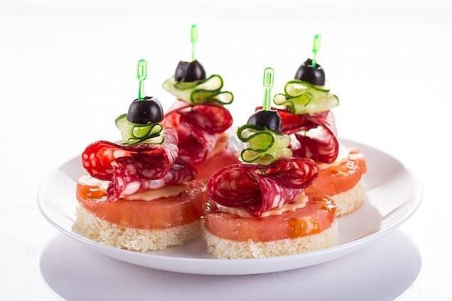 5 идей закусок на Новый год, благодаря которым никто и не вспомнит о горячих блюдах :)