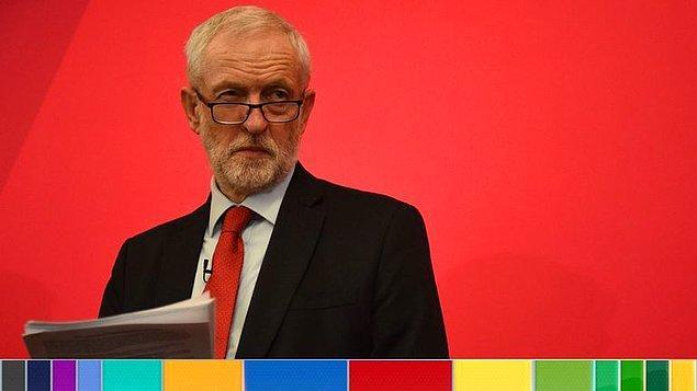 Corbyn istifa edeceğini açıkladı