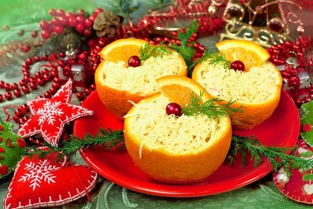 Как приготовить салат из курицы в апельсине на Новый год?