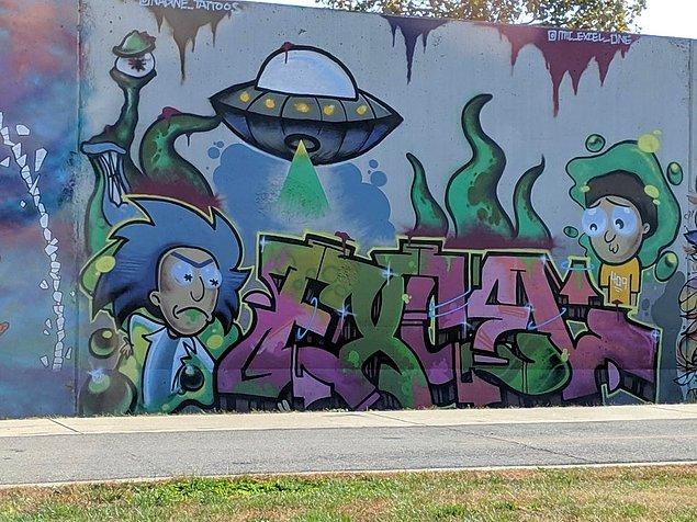 19. Rick and Morty hayranları St. Louis'deki duvara aşık oldu bile...