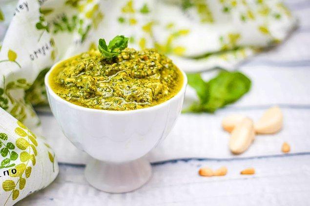 Pesto Sosun Hazırlanışı