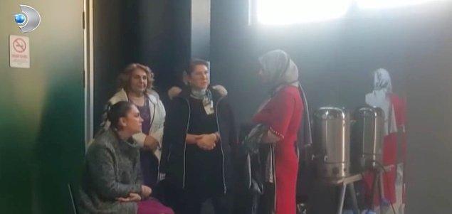 Aleyna'nın kuliste sandalyede otururken kayınvalidelerin ayakta beklediği video stüdyoda bir tartışma başlattı.