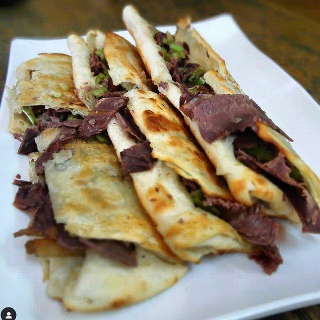 12. Eşek etli sandviç: