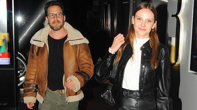 8. Sezen Aksu'nun müzisyen oğlu Mithat Can Özer ile birlikte olan oyuncu Alina Boz, evlilik açıklaması yaptı.
