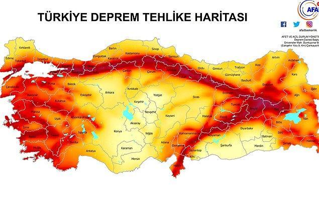 Hemen aşağıda görmüş olduğunuz harita AFAD tarafından hazırlanmış olan ve Türkiye'nin deprem riski ortaya koyan bir fay hattı haritası.