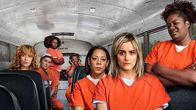 4. Tamam tamam, hadi işin öbür yüzüne girelim. Bir kadın hapishane dizisi 'Orange is the New Black'in eşcinsel sahnelerini yayınlayabilecek bir kanal hayal edebiliyor musunuz?