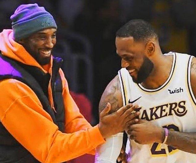 2007-08 sezonunda kariyerinin tek normal sezonun MVP ödülünü kazandı. Ödül daha önce Lakers takımında, Shaquille O'Neal,Kareem Abdul-Jabbar ve Magic Johnson'a da verilmişti.