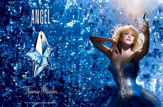 10. Thierry Mugler-Angel: Parfüm dünyasını baştan yaratan bir koku. Dünyada en çok satılan parfümlerden biri olması yanında en çok taklit edilenlerden biri.