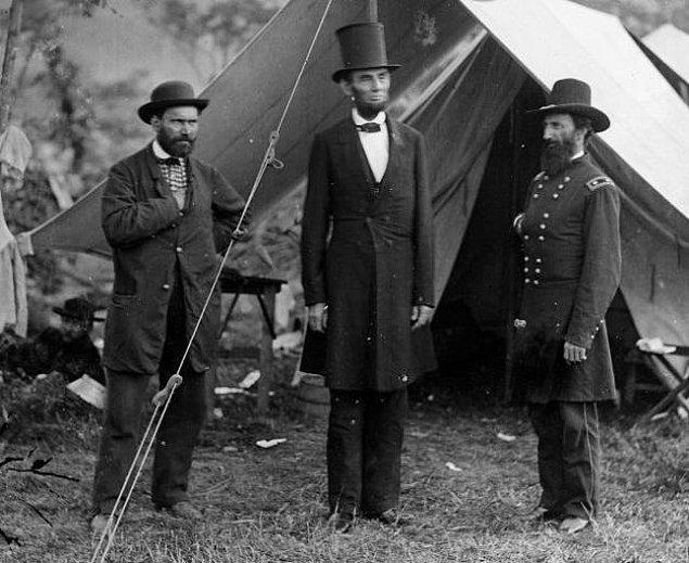 Abraham Lincoln adını mutlaka duymuşsunuzdur. Kendisi sporcu kimliğinin yanı sıra Amerika Birleşik Devletleri tarihinin en uzun boylu başkanı olarak da bilinir.