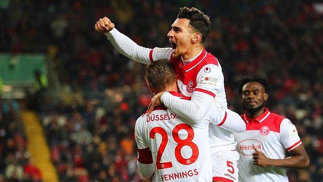 Almanya Bundesliga'da Fortuna Düsseldorf, sahasında Eintracht Frankfurt ile 1-1 berabere kaldı. Düsseldorf'un golünü, milli futbolcumuz Kaan Ayhan attı.